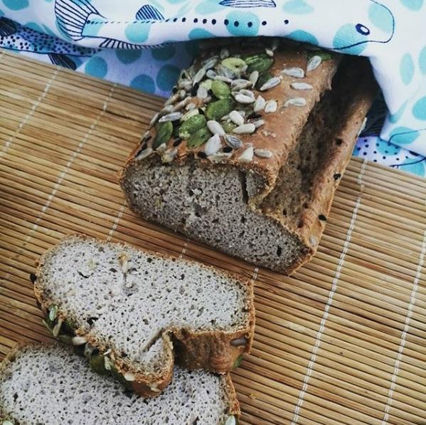 Pan de tahini y coco (sin gluten y sin cereales)